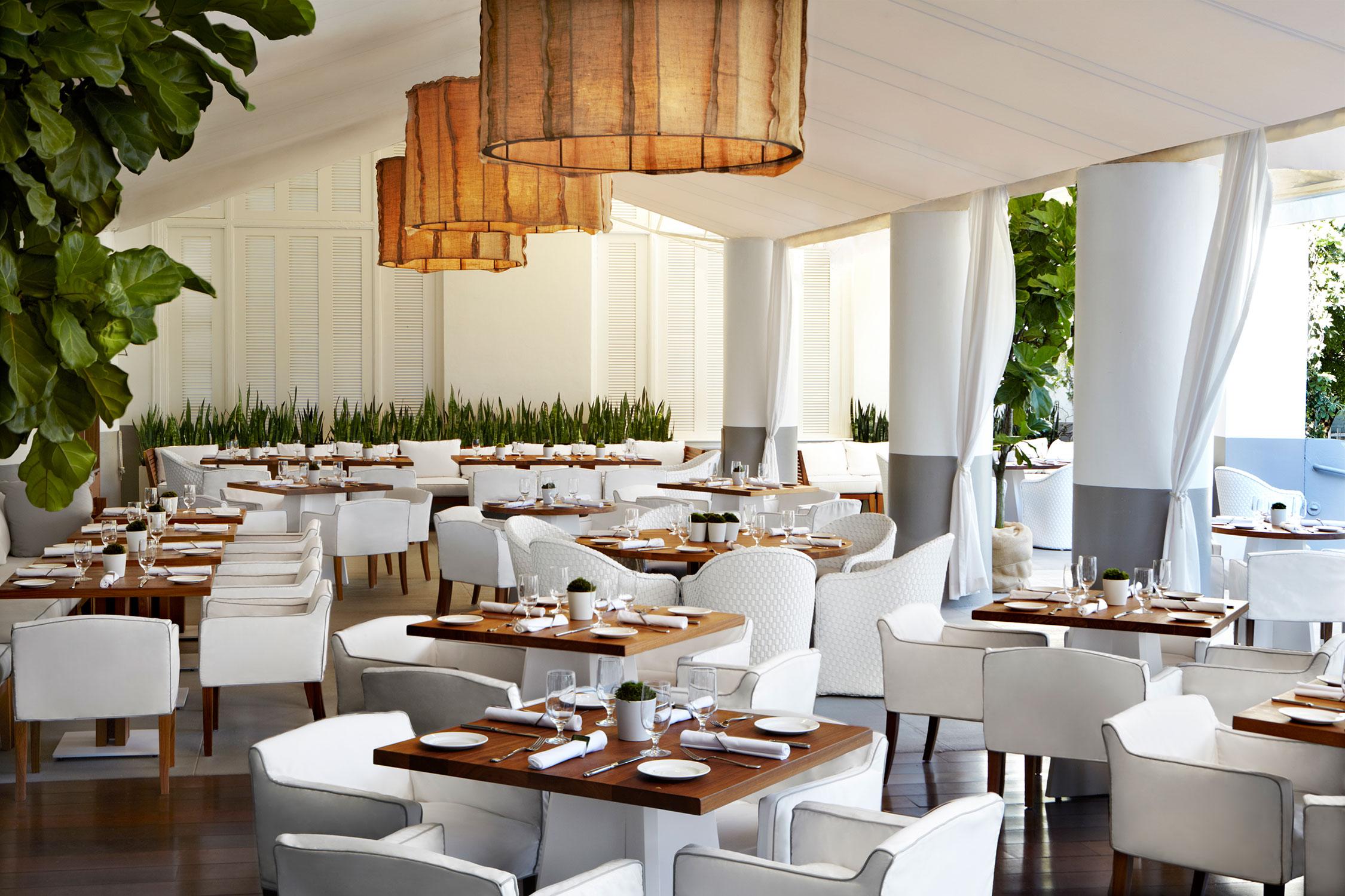 Bianca restaurant the delano sam robin for Delano hotel decor